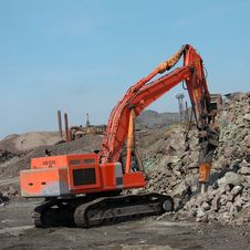 Free Bulldozer Grab Stones With Bucket Royalty Free Stock Photography - 93396467