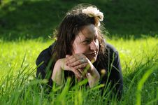 Free Bohemia Woman In A Park Stock Images - 9341524
