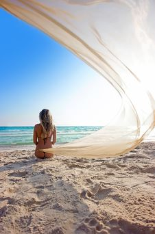 Free Girl On The Beach Royalty Free Stock Photo - 9353965