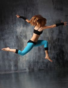 Free The Dancer Royalty Free Stock Photography - 9354217