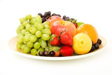 Free Decorative Fruit Platter Royalty Free Stock Photos - 9355558
