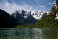Free Mountain Scenery Stock Photography - 9356252