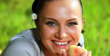 Free Peach Woman Stock Image - 9357401