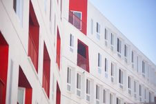Free White And Red Concrete Building Under Blue Sky During Daytime Royalty Free Stock Photography - 93554307