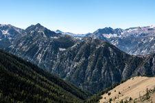Free Mountain Peaks  Stock Photography - 93556772