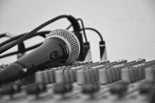 Free Microphone On A Soundboard  Stock Image - 93557341