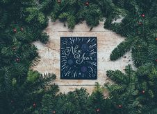 Free New Year Background With Conifer  Royalty Free Stock Photography - 93557347