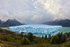 Free Perito Moreno Glacier On A Cloudy Day Royalty Free Stock Photo - 93557465