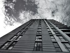 Free High Rise Modern Office Building Royalty Free Stock Image - 93560816