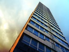 Free High Rise Building Royalty Free Stock Photography - 93561137