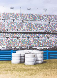 Free Pile Of White Auto Tires During Daytime Royalty Free Stock Photo - 93563275