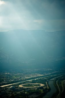 Free Atmospheric Mountain Valley Royalty Free Stock Photography - 9362997