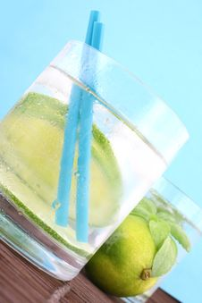 Free Ice Water Royalty Free Stock Images - 9366289