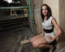 Free Woman Posing By Scaffolding Royalty Free Stock Image - 9366456