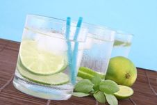 Free Ice Water Royalty Free Stock Photography - 9367537