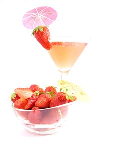 Free Strawberry Cocktail And Fruit Stock Photo - 9367930