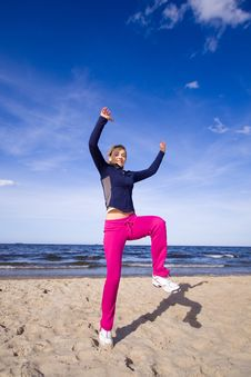 Free Active Woman On The Beach Stock Photos - 9368663