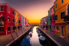 Free Boats On Canal In Venice Stock Photography - 93682872