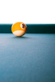 Free Lonely Nine Ball Royalty Free Stock Photos - 9370968