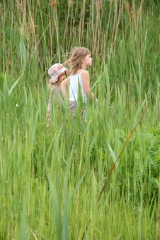 Free Girls In Long Grass Stock Image - 9373141
