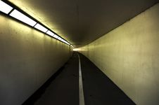 Free Pedestrian And Cycle Tunnel Royalty Free Stock Photos - 9376568