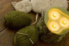 Free Knitting Kit Royalty Free Stock Photo - 9377005