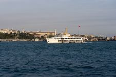 Free Ship In Bosporus Istanbul Royalty Free Stock Images - 9377239