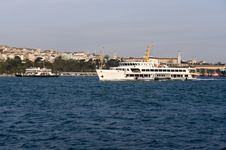 Free Ship In Bosporus Istanbul Royalty Free Stock Photography - 9377277