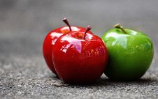 Free Red And Green Apples Stock Image - 93797741