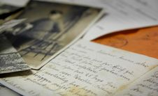 Free Old Letters And Photos Stock Photo - 93797930