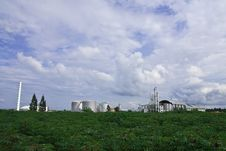 Free Ethanol Factory In Cassava Field Royalty Free Stock Photography - 9380857