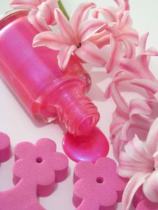 Free Spilled Nail Polish And Pink Flowers Stock Photo - 9382780