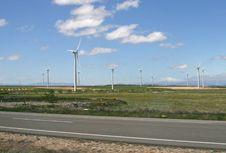Free Wind Turbines Farm Royalty Free Stock Photos - 9390398