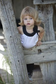 Free Little Girl By Barn Royalty Free Stock Photos - 9391728