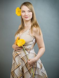 Free Pregnant Woman Stock Image - 9392551