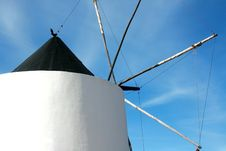Free Windmill Royalty Free Stock Photography - 9392817