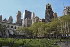 Free City Park In NYC Royalty Free Stock Image - 9393666