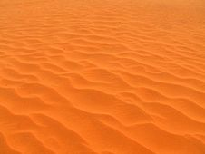 Free Red Dunes Royalty Free Stock Image - 9399036