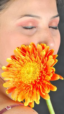 Free Shy Girl With Gerbera Flower Stock Photo - 9399570