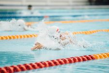 Free Competitive Swimmer  Royalty Free Stock Images - 93948669
