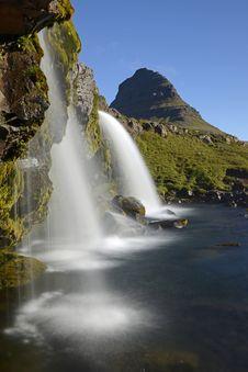 Free Waterfalls Near Green Grass During Daytime Royalty Free Stock Image - 93948696