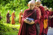 Free Buddhist Monks In Procession Royalty Free Stock Photography - 93999587