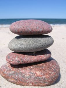 Free Stones On The Beach Royalty Free Stock Image - 940226