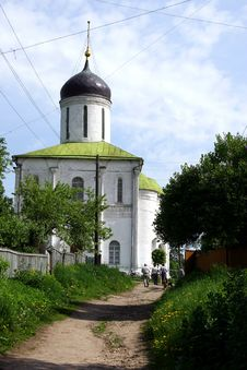 Free Church In Zvenigorod. Royalty Free Stock Image - 944316