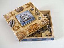 Free Treasure Box Royalty Free Stock Images - 949379