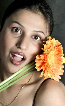 Free Girl With Flower Royalty Free Stock Image - 9400386
