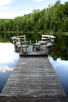 Free Wooden Dock At The Lake Stock Image - 9407761