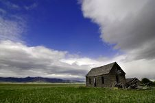 Free Old Homestead In Field Royalty Free Stock Image - 9414456