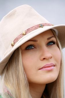 Free Girl In Hat On Near Lake Stock Photo - 9415400