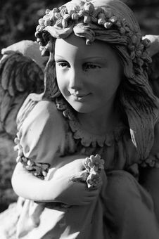 Free Angel Statue Royalty Free Stock Images - 9416289